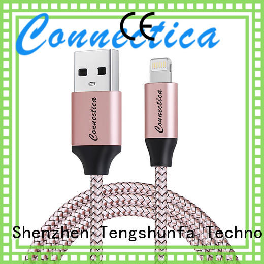 Connectica pet lead lightning company